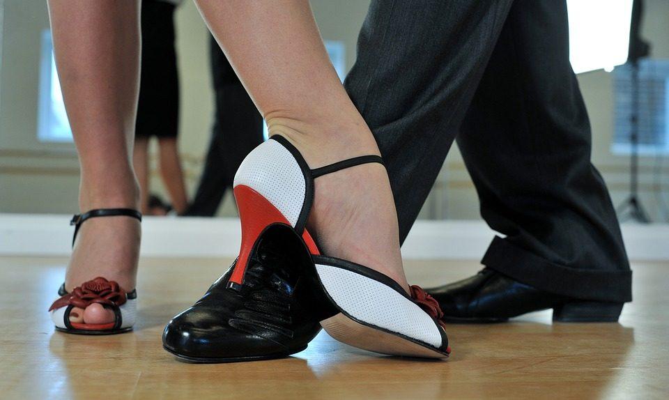 Idei de marketing online pentru sălile de dans - coronavirus - promovare sali de dans